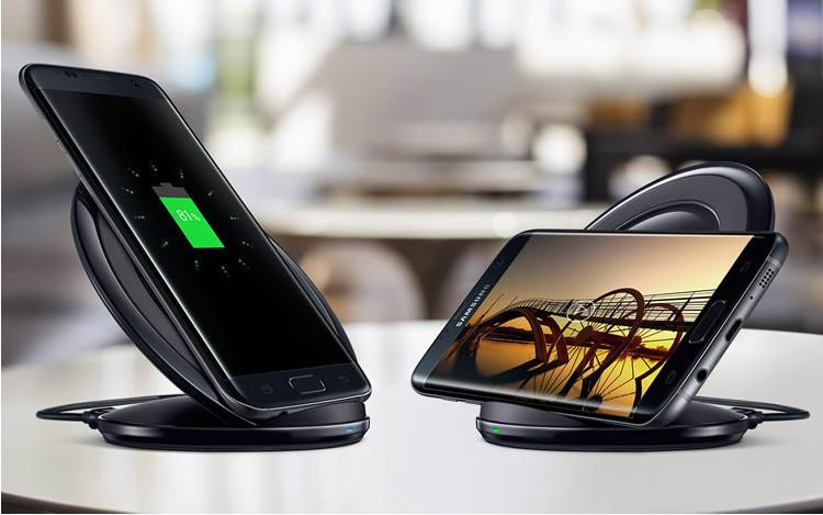 original-vertical-wireless-fast-charge-pad.jpg